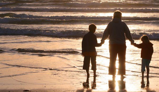 Vacaciones con niños: Trucos para cargar las pilas