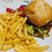 comida basura, hamburguesa con patatas fritas