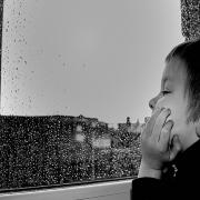 Por qué deberías dejar que tus hijos se aburran
