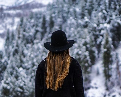 los mejores tips para cuidar el cabello en invierno