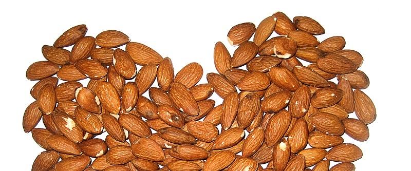 Almendras, uno de los alimentos que ayudan a controlar el riesgo cardiovascular