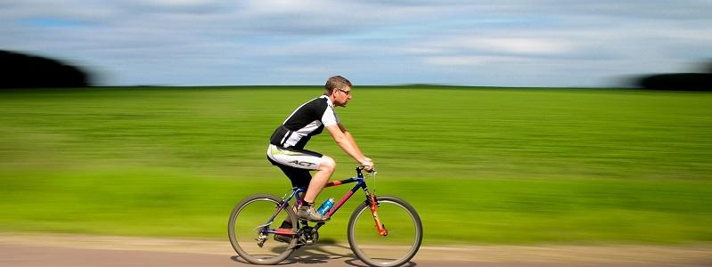 ciclismo, otro ejemplo para hacer deporte en verano