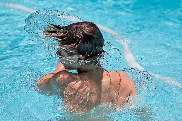 sintomas de la otitis externa tambien conocida como oido del nadador