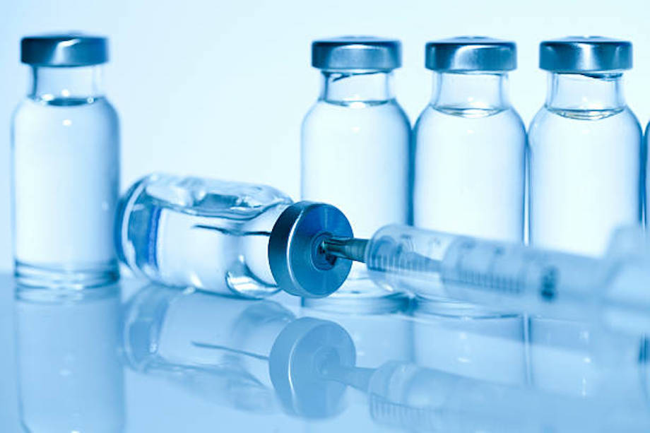 El remdesivir se aplica en inyección o por infusión intravenosa