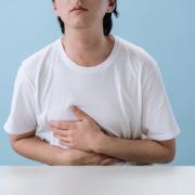 enfermedades de tranmision alimentaria provocan dolor abdominal